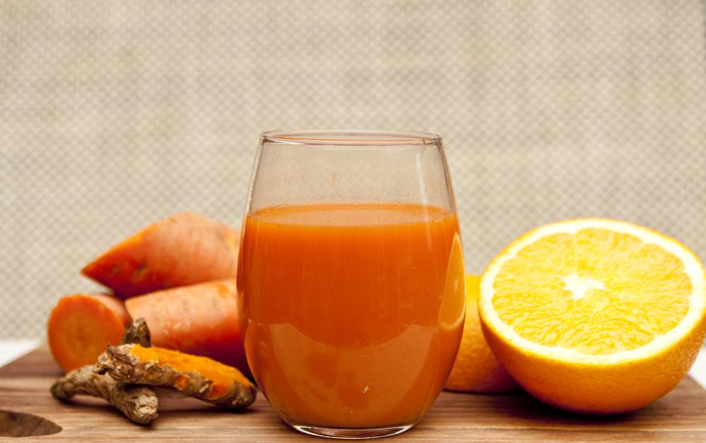 Vreau să slăbesc cu morcovi! – Suc de morcovi, portocale și pătrunjel